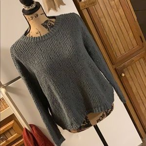 Aerie crew neck sweater size women's small